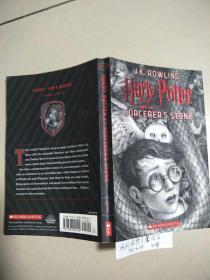 Harry Potter and the Sorcerer's Philosopher Stone【哈利波特与魔法石】原版  少量勾画