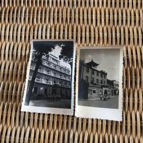 老照片2张(一张为南昌八一起义纪念馆 另一张不知名)