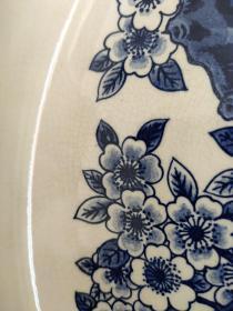手绘开片赏盘 品相完整 开片均匀 釉色纯正瓷质细腻