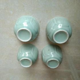 青瓷莲花杯两对