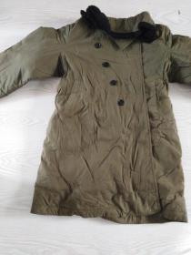 老羊皮大衣,重量5公斤全新未穿过