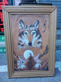 蒙古民族特产,狼图案皮画,二手,有瑕疵,非全新品,介意者勿拍,不包邮,运费到付。