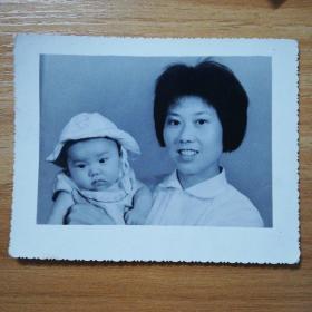 六十年代母子照