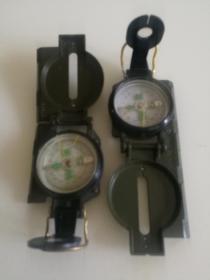 绿色指北针好品(指南针)2个