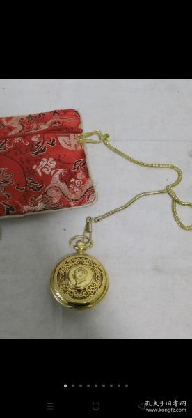 八十年代鎏金怀表,正常使用,保存品相完整,包老!