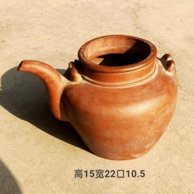 原矿手胎宜兴紫砂壶,包浆品相一流,壶盖丢失已久,包老。