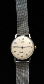 德国造古董手表极罕见,能走时