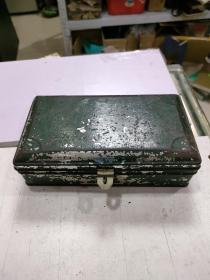 不锈钢盒(尺寸如图)