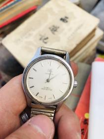 上海牌老手表,机械表,正常走时