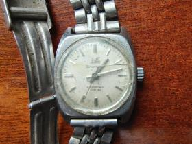 上海牌 70年代机械手表