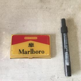 万宝路铁烟盒