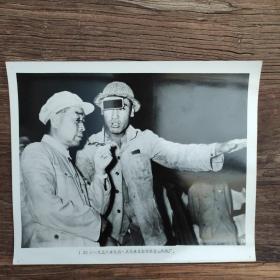 超大尺寸:1958年,周恩来视察唐山钢铁厂