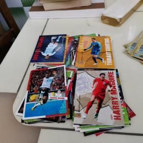 足球周刊足球明星卡80张。其中有12张闪光卡!
