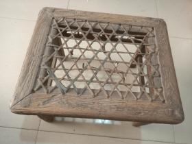 明代榉木家具藤面禅凳。