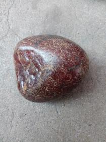 天然奇石一块。重274.2g.