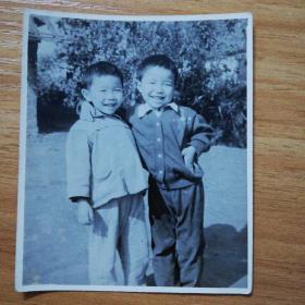 六十年代:兄弟老照片