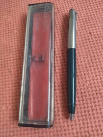 英雄牌钢笔,(盒装,没用过)