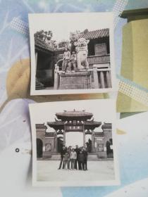 佛山地方资料   佛山老照片   文革时期中山公园秀丽湖牌坊  未毁前旧牌坊
