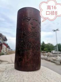 晚清,文房紫竹笔筒,雕刻精美,连年有余,保浆红润,有小裂,尺寸16.8