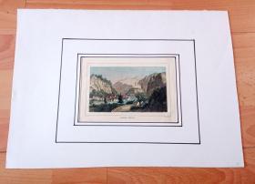 19世纪手工上色钢版画《比利牛斯山下,加龙河畔古城:圣伯亚特,法国比利牛斯大区》(SAINT BEAT)-- 圣伯亚特是位于法国南部,是比利牛斯山山脉深处的中世纪小镇;加龙河水从小城穿城而过 -- 卡纸画框36.5*26.5厘米,版画纸张20.5*12.5厘米
