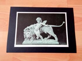 19世纪木刻版画《大理石雕塑:小爱神与雄狮》(Amor mit Lowe)-- 出自19世纪德国雕塑家,埃德温·魏森费尔斯(Edwin Weissenfels,1847–1907)的木刻作品 -- 后附卡纸30*21厘米,版画纸张23*16厘米