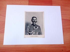 """1913年书页照片《袁世凯""""小站练兵""""期间进行训练骑兵的军事顾问:挪威人曼德(后成为北洋政府期间唯一一个获得将级军阶的外国人)》(GENERAL J.W.MUNTHE,Yuan-Shih-K'ais militare radgifvare)-- 曼德(1864-1935),在华任职海关官员,曾任袁世凯军事顾问 -- 选自《中国民国开端》-- 后附卡纸30*21厘米,照片14*10.5厘米"""