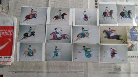 画廊出版用吉林美术学院教授温国良人物画作品原版照片13张。红粉佳人,弓马骑射,莫道女子非英物,驰骋疆场展雄姿。