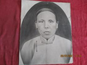 清朝手绘老相片一张,品好如图。