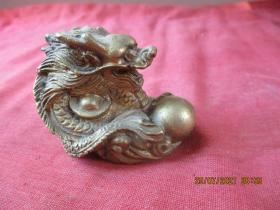 清朝銅器,一件,長6cm3.5cm,高5cm,品好如圖