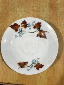 文革时期的粉彩花卉盘、包真完整