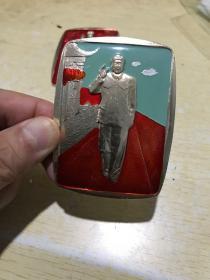 毛主席在天安门城楼上接见红卫兵彩章、包老保真完整