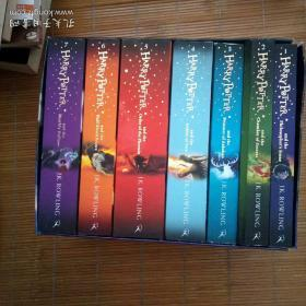 Harry Potter Box Set: The Complete Collection 1-7 哈利波特盒子套装:完整收藏集1-7 英国版
