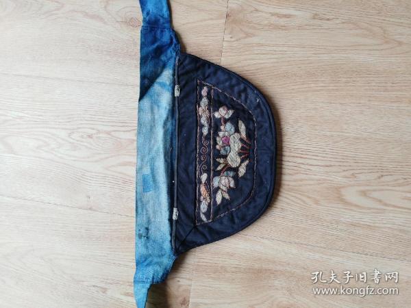 清代徽州手工刺绣腰包