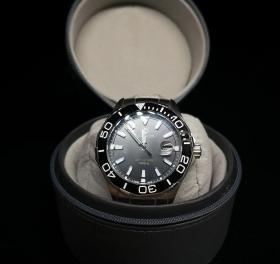 世界顶级名表【豪雅】腕表 带盒子 证书 发票 表重180g