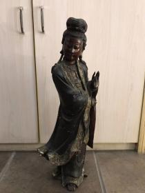 清代香樟木雕观世音菩萨