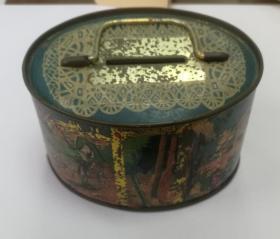 早期铁皮储蓄罐盒子