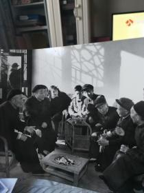 1956年彭德怀在老家湖南向人民群众调查大跃进的情况照片