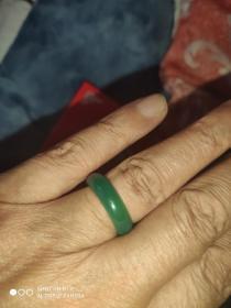 天然绿玛瑙戒指