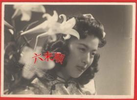 """【民国老照片】民国美女,时髦发型,疑是某明星(藏家自鉴)——上海新城皇庙,照片专家""""良友影迷社"""""""