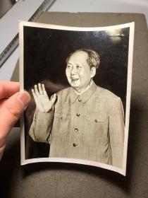 毛主席老照片,尺寸较大