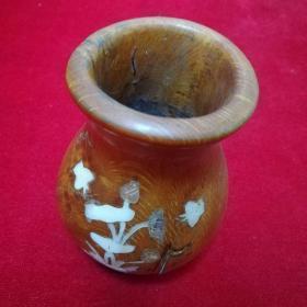 木制花瓶,有点重,具体见图
