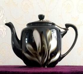 瓷茶壶 茶壶 有容乃大 黑