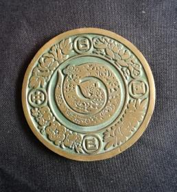 1989年,邮局发行生肖蛇大铜章美品