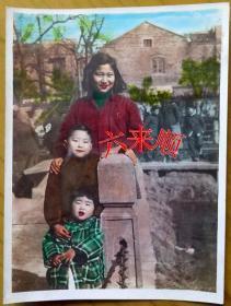 【老照片】手工上色——美女,风景照,1956年。