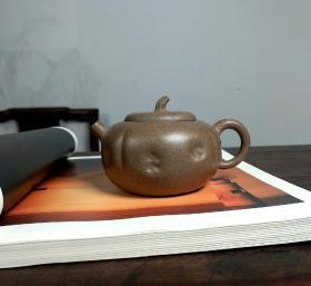 宜兴工艺师手工薄胎紫砂壶柿圆壶