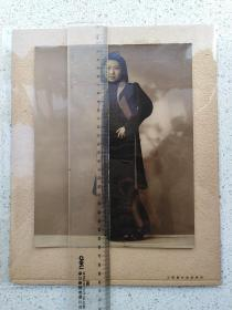 上海万氏美术照相,民国银盐美女旗袍老照片