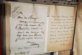 19世纪法国文学最著名的父子俩,仲马父子,父子签名信两封,带父子签名(大小尺寸适合装裱挂墙)