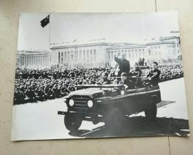 毛主席检阅红卫兵照片