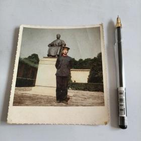 50年代上色军人照片一张
