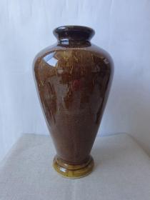 非常少见精美的雀斑紫金釉瓶